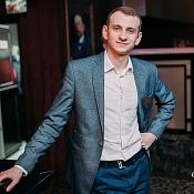 Ведущий Андрей Генсер, Беларусь - фото 1